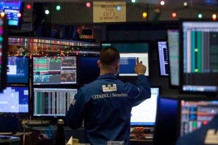 Dow futures are down triple digits ahead of earnings, Fed speeches – CNBC
