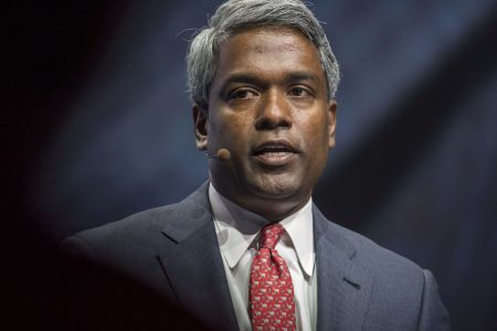 New Google cloud boss Thomas Kurian warns, 'You will see us competing much more aggressively' – CNBC