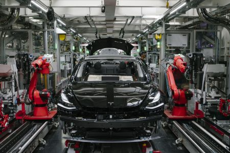 Tesla begins Model 3 delivery in China ahead of schedule – CNBC