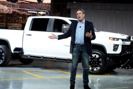 GM unveils Chevy Silverado HD as Detroit's Big 3 battle for big profits in big pickups – CNBC