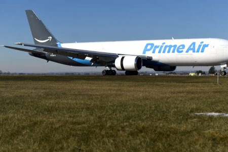 NTSB investigators begin 'painstaking' probe into deadly Amazon cargo jet crash – CNBC