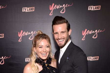 Hilary Duff's 'Younger' co-star Nico Tortorella drinks her breast milk: 'It's delicious' – USA TODAY