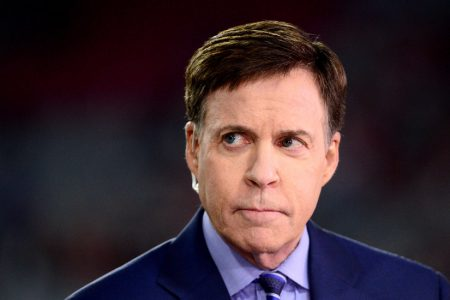 Bob Costas Accuses NBC of Retaliating for His Remarks on Concussions in N.F.L. – The New York Times