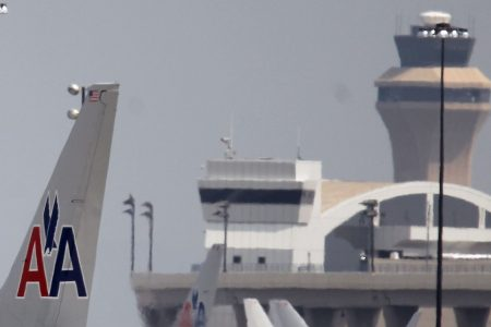 Flights into Dallas resume, lengthy delays still expected – USA TODAY
