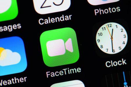 Apple delays update for FaceTime eavesdropping bug – CNN