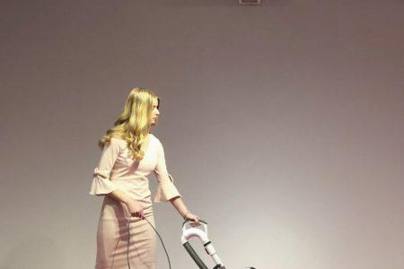 Ivanka Trump responds to a performance art piece of a vacuuming Ivanka lookalike – CNN