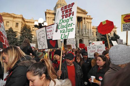 Denver teachers say they will strike Monday – NBCNews.com