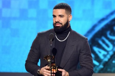 Drake calls out Grammys during acceptance speech – CNN