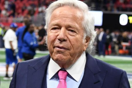 Patriots owner accused of soliciting sex – CNN