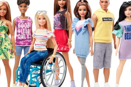 These new Barbies come in a wheelchair and have a prosthetic leg – CBS News