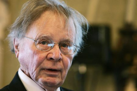 """Scientist who popularized term """"global warming"""" dies at 87 – The Associated Press"""