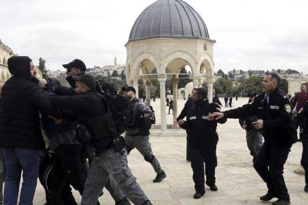 Palestinians pray in long-closed part of Al-Aqsa in Jerusalem – Aljazeera.com