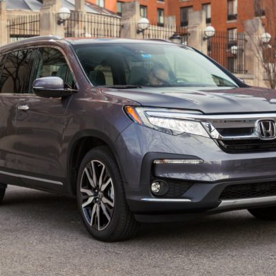 We drove a $49,000 Toyota Highlander and a $49,000 Honda Pilot to see which is the better family SUV — here's the verdict – Business Insider