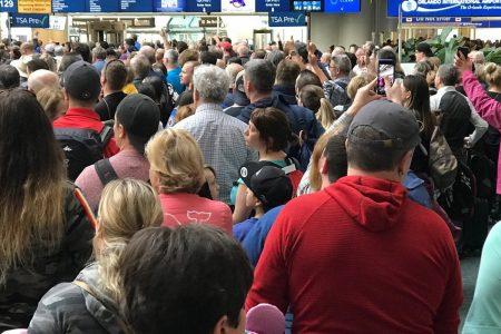 TSA Ffficer Jumps To His Death At Orlando Airport – HuffPost