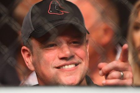 Matt Damon was cage-side at a UFC event and gave medical advice for a fighter's injury – Business Insider