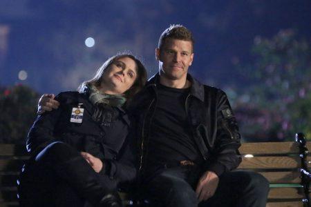 'Bones' stars Emily Deschanel, David Boreanaz win $179M dispute against Fox over profits – USA TODAY