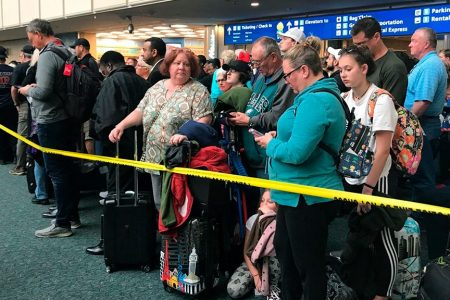 TSA officer dies at Orlando Airport after jumping from hotel into atrium; all flights briefly halted: report – Fox News
