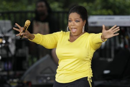 Oprah Winfrey avoided at least a $40 million loss after unloading bunch of her Weight Watchers shares at .. – Business Insider UK