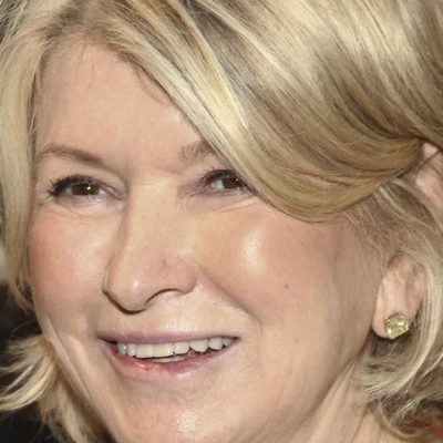 Martha Stewart teaming with cannabis company Canopy Growth to develop CBD products – CBS News