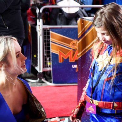 Brie Larson poses with mini Captain Marvel at movie's London premiere – Entertainment Weekly News