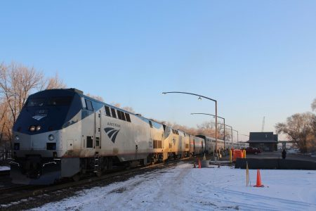 Nearly 200 Amtrak passengers stranded for over 24 hours on Oregon train – USA TODAY