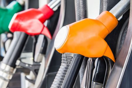 Average US price of gas jumps 10 cents per gallon, to $2.44 – USA TODAY