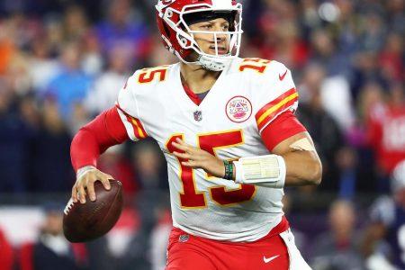 Patrick Mahomes, Kansas City Chiefs quarterback, wins NFL MVP award today over Drew Brees – CBS News