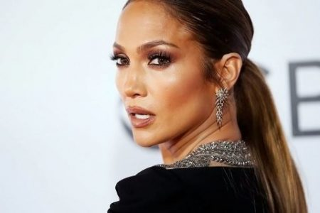Grammy Awards shockers, from Jennifer Lopez's navel-grazing green dress to Lady Gaga's egg pod – Fox News