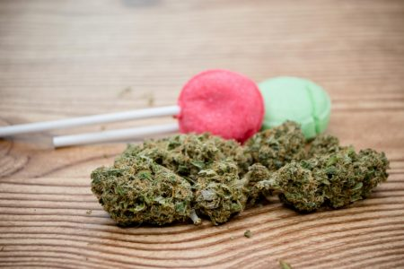 Man Who Ate Marijuana Lollipop Had Heart Attack Caused by 'Fearful Hallucinations' – Newsweek