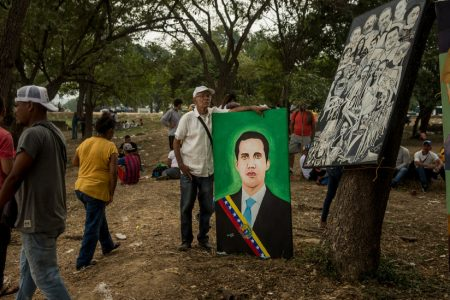 Guaidó Vows Prompt Return to Venezuela as Absence Saps Opposition's Momentum – The New York Times