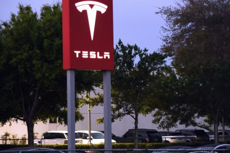 Morgan Stanley says automakers want to sell cars like Tesla does but can't: 'It's against the law' – CNBC