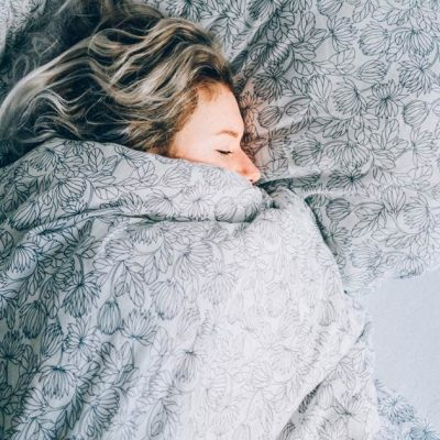 Catch-up sleep on the weekend may increase waistline, study finds – NBCNews.com