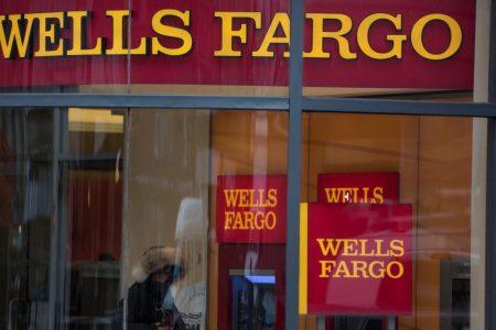 Wells Fargo in talks to settle SEC, DOJ fake-account investigations – CNN