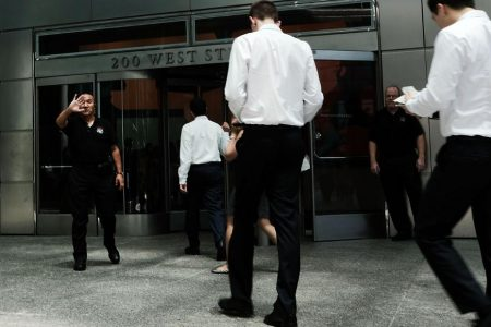 Goldman Sachs is loosening its dress code – CNN