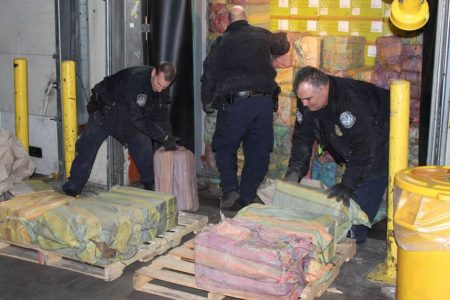 Authorities make largest cocaine seizure at N.Y.-area port in 25 years – NBC News