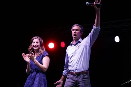 Beto O'Rourke apologizes for jokes about wife, says he has benefited from 'white privilege' – CNN