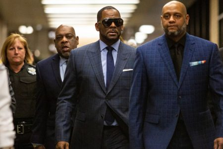 R. Kelly in jail again after child-support hearing, hours after heated CBS interview airs – USA TODAY