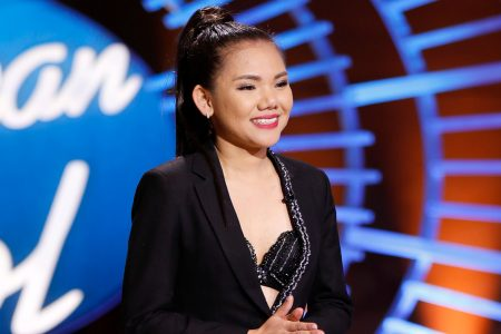 'American Idol' premiere: Judges say this Vietnamese girl is the next Kelly Clarkson – USA TODAY