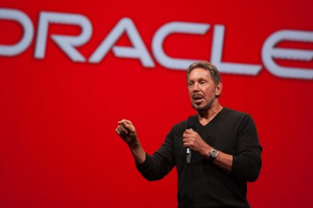 Larry Ellison says Oracle's new database is pulling companies away from Amazon Web Services – Business Insider