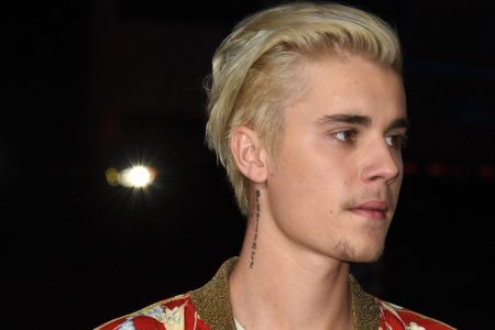 Justin Bieber asks for fans' prayers after revealing he's been 'struggling a lot' – USA TODAY