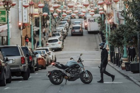 Harley-Davidson's electric motorcycle has a sleek new rival that has a 200-mile range and can track everything about your rides online – Business Insider