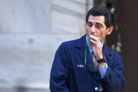 Stock market investing: Tug-of-war raging in lead up to next crash – Business Insider