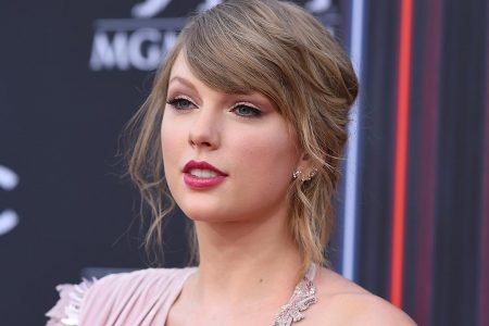 Taylor Swift says it's her 'responsibility' to use her 'influence against' 'disgusting' political rhetoric – Fox News