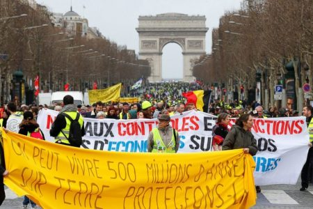 France's Yellow Vests hit streets for 17th time, protest at Paris airport as numbers dwindle – Fox News