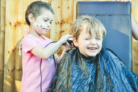 Boy, 6, has best friend battling cancer shave his head in show of support – Fox News