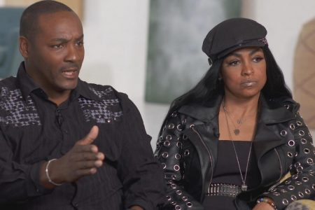 Parents of Azriel Clary, R. Kelly's live-in girlfriend, tell their side of the story – CBS News