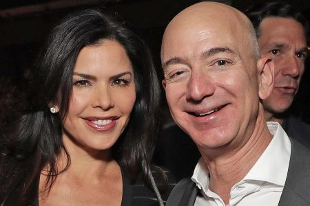 National Enquirer paid brother of Jeff Bezos' girlfriend $200,000 for text messages: WSJ – Fox News